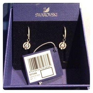 Swarovski sparkling dance round earrings